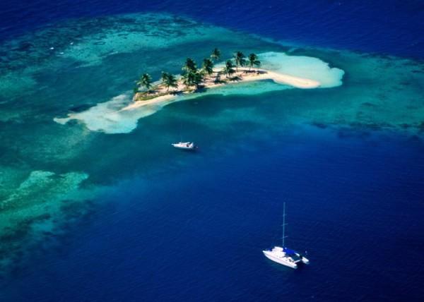 無人島のゴフキーで、何もしない贅沢な時間を。